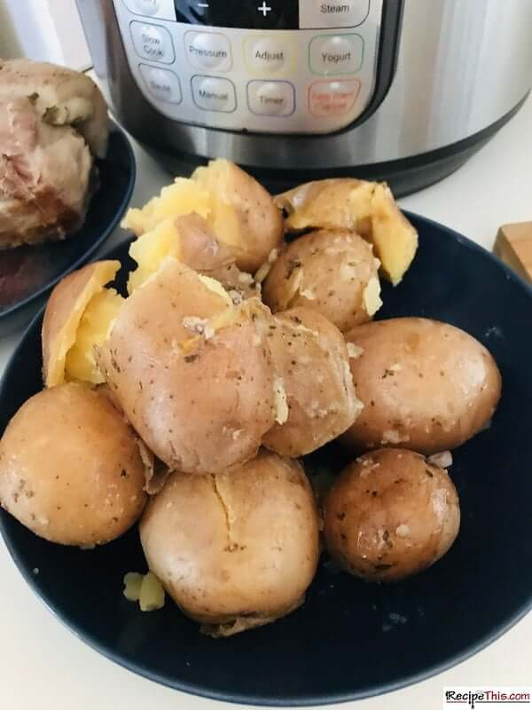 Cooking potatoes with pork loin in instant pot