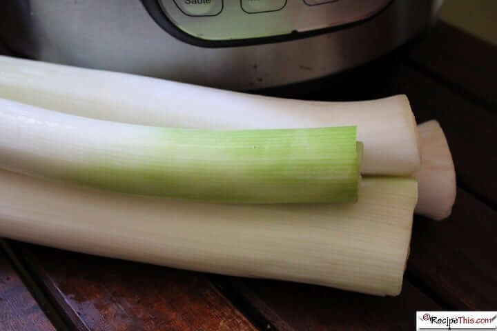 Instant Pot Leeks (Steamed In Just 2 Minutes)